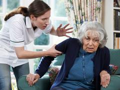 Gewaltprävention in Betreuung und Pflege